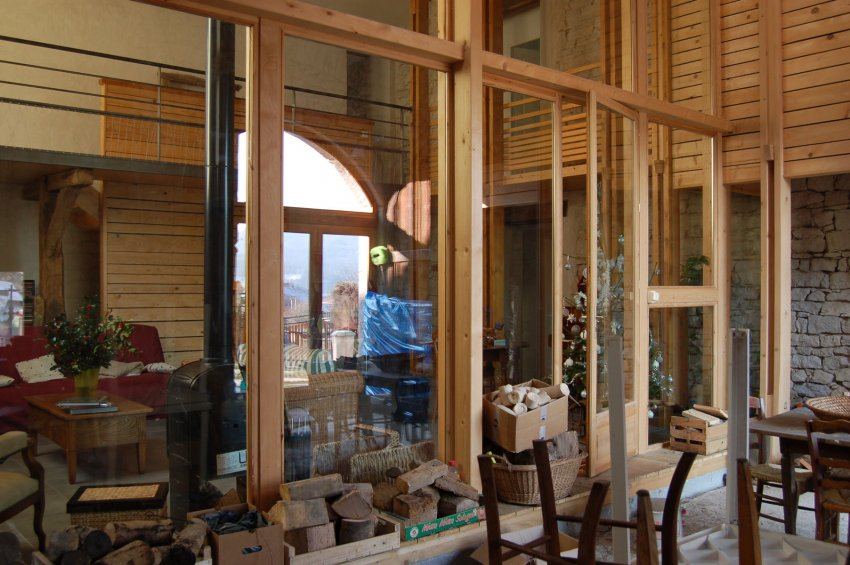 Maison dans une grange atelier 43 architectes lyon - Rehabiliter une grange ...