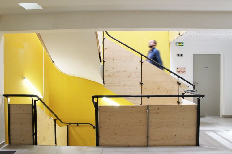 escalier_interieur_atrium