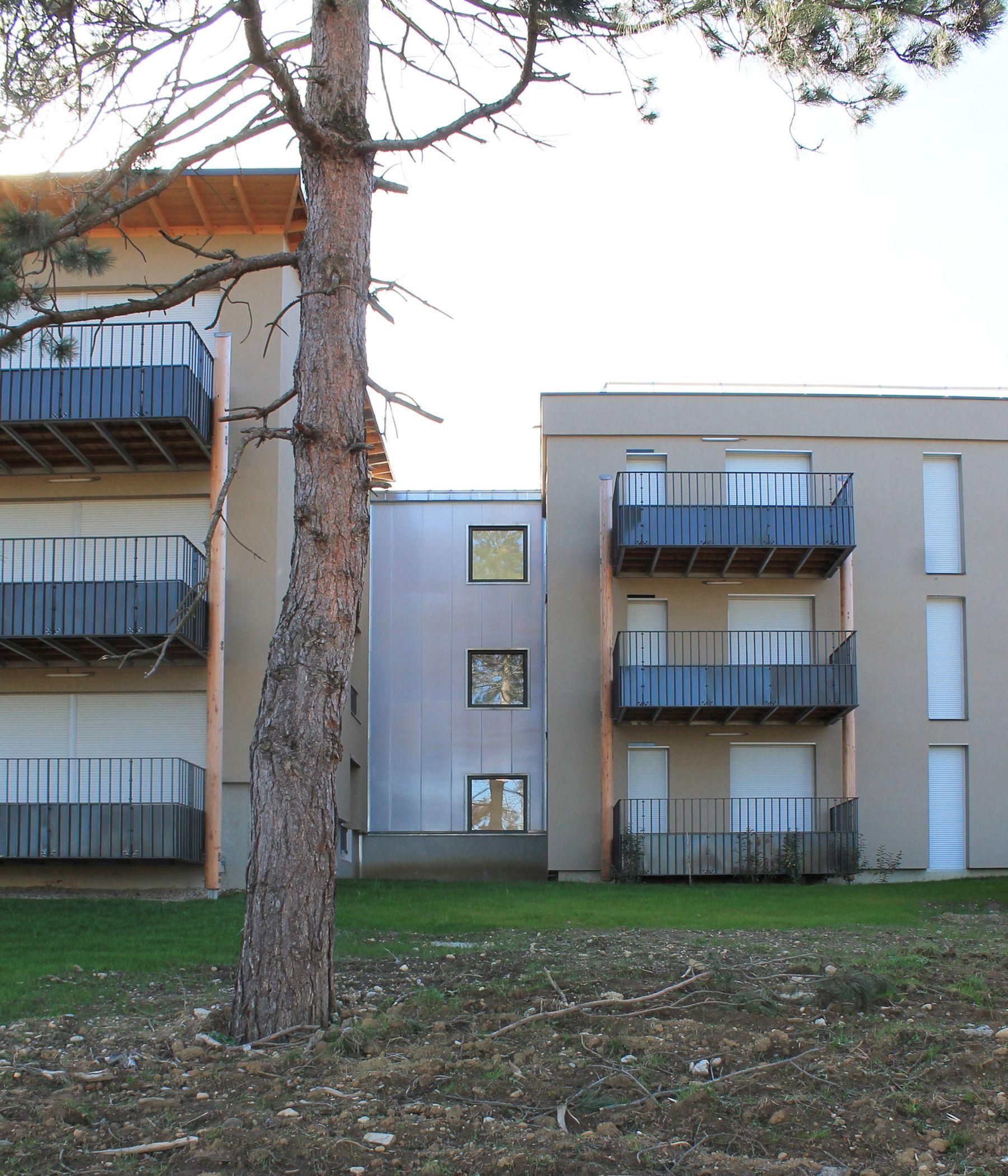 façade polycarbonate